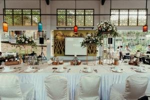 WeddingDinnerDecor_AmyArchie-2